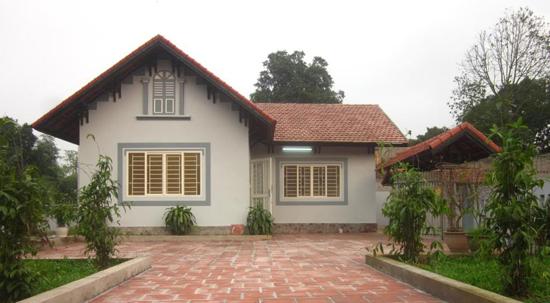 Mẫu biệt thự vườn 1 tầng mái thái hiện đại
