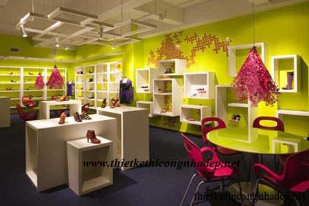 showroom giày dép nữ thời trang