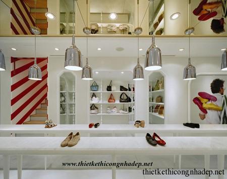 cửa hàng giày dép nữ