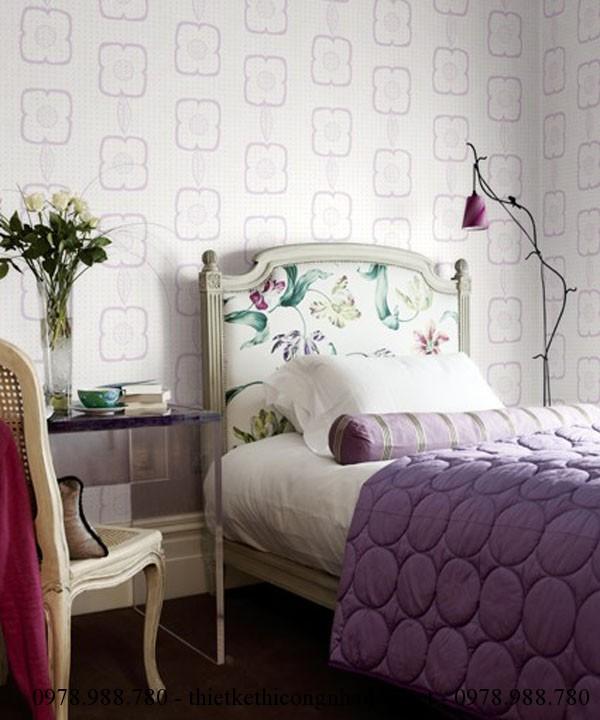 Giấy dán tường có hoa văn nhỏ cho thiết kế nội thất phòng ngủ nhỏ