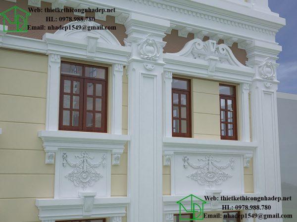 Chi tiết hoa văn trang trí dưới cửa sổ NDBTCDP8