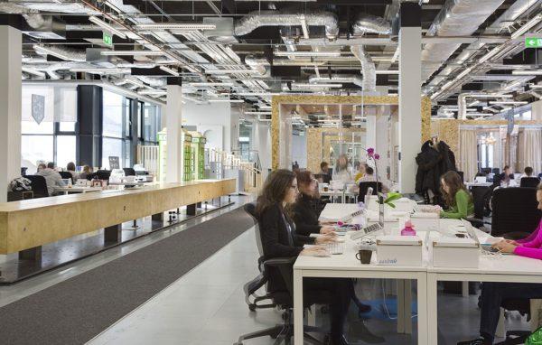 Thiết kế văn phòng mở phải đảm bảo sự liên thông trong không gian